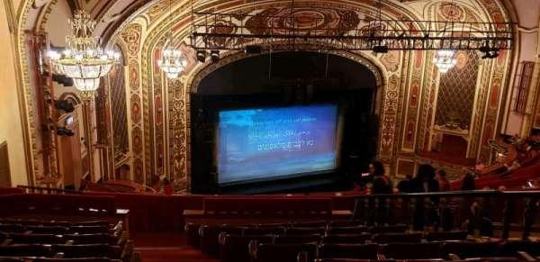 Cadillac Palace Theater, secção: Balcony FL, fila: S, lugar: 29
