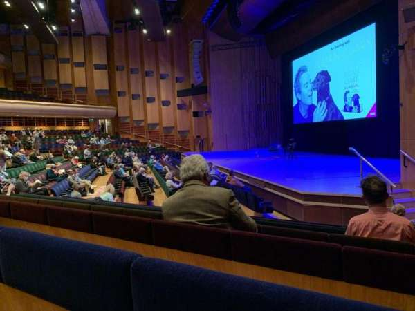 Barbican Theatre, secção: Minus 1, fila: P, lugar: 1