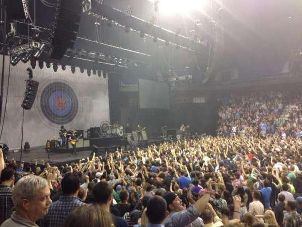 Mohegan Sun Arena, secção: 25, fila: H, lugar: 1