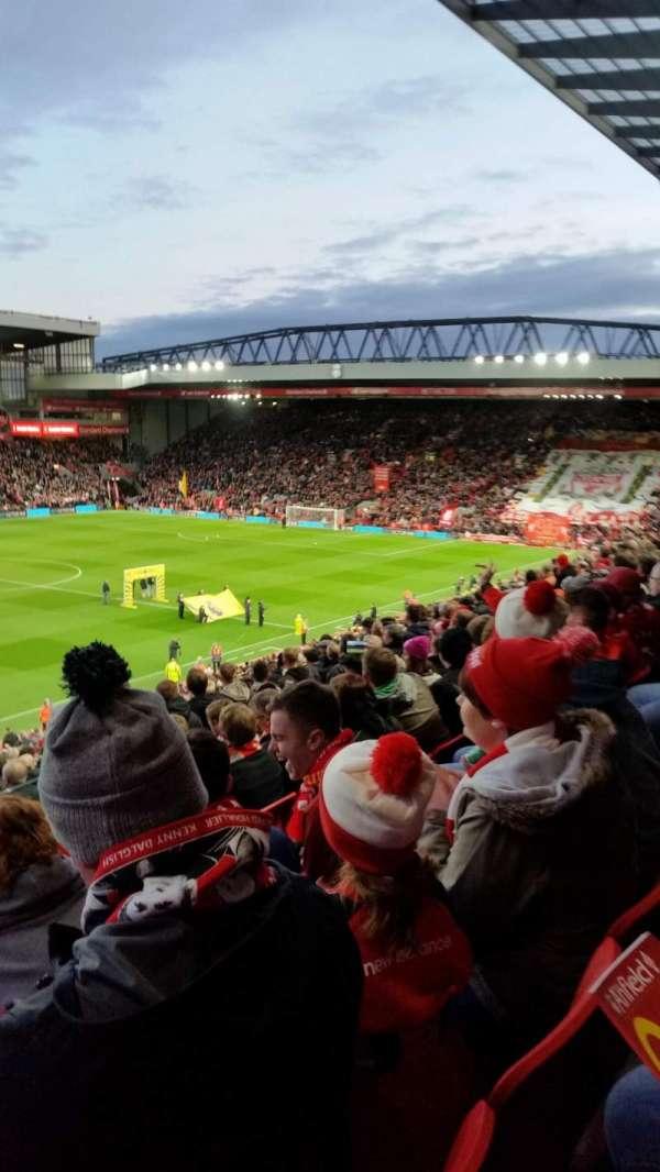 Anfield, secção: L11, fila: 41, lugar: 0046