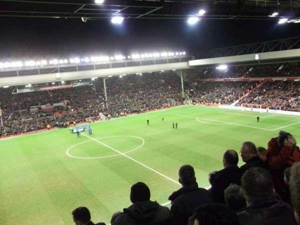 Anfield, secção: CE7 (now Kenny Dalglish stand), fila: 11, lugar: 178