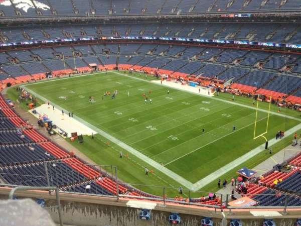 Empower Field at Mile High Stadium, secção: 500, fila: 5, lugar: 5