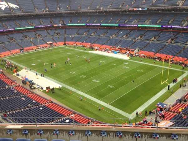 Empower Field at Mile High Stadium, secção: 501, fila: 6, lugar: 6