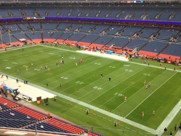 Broncos Stadium at Mile High, secção: 502, fila: 5, lugar: 10