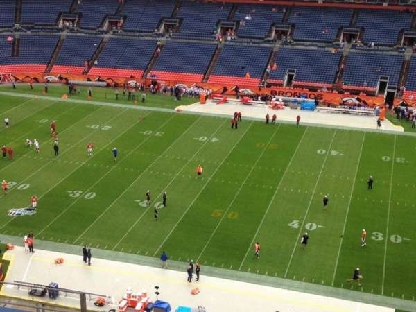Empower Field at Mile High Stadium, secção: 506, fila: 8, lugar: 16