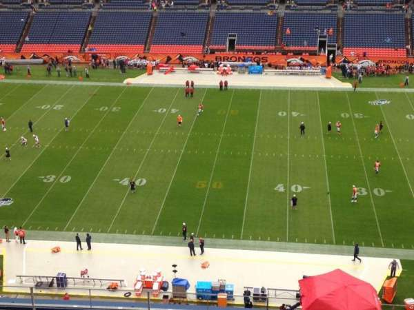 Empower Field at Mile High Stadium, secção: 508, fila: 10, lugar: 6