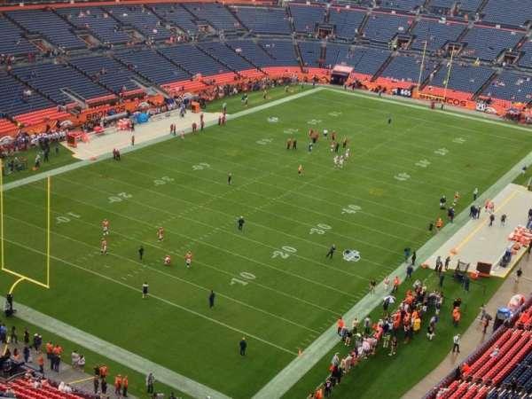 Broncos Stadium at Mile High, secção: 518, fila: 12, lugar: 11