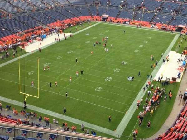 Empower Field at Mile High Stadium, secção: 519, fila: 13, lugar: 5