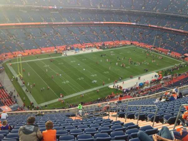 Broncos Stadium at Mile High, secção: 541, fila: 17, lugar: 3