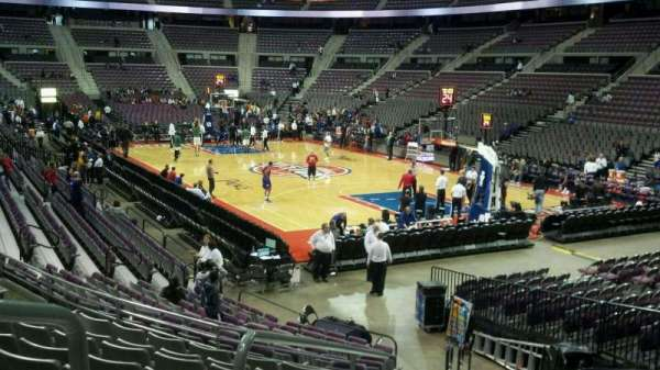 The Palace of Auburn Hills, secção: 122, fila: J, lugar: 013
