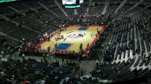 The Palace of Auburn Hills, secção: 206, fila: 5, lugar: 012