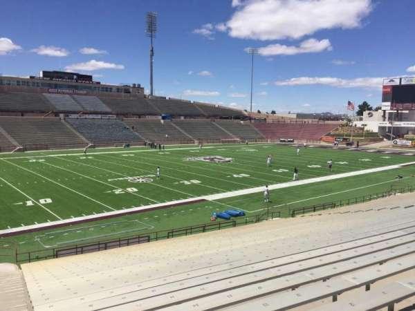 Aggie Memorial Stadium, secção: W, fila: 18, lugar: 36