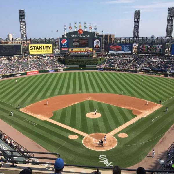 Guaranteed Rate Field, secção: 533, fila: 6, lugar: 8
