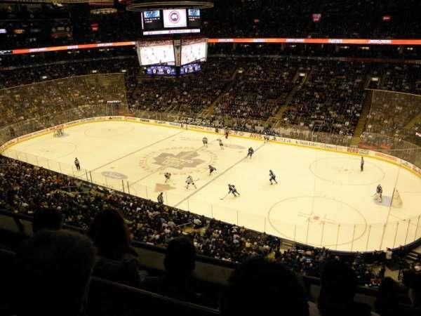 Scotiabank Arena, secção: 307, fila: 3, lugar: 9