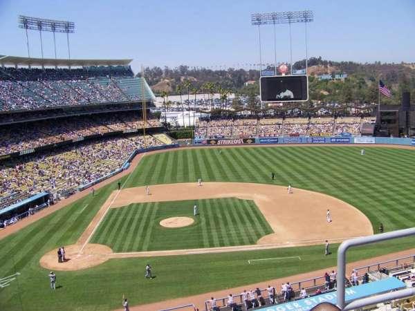 Dodger Stadium, secção: 10RS, fila: C, lugar: 20