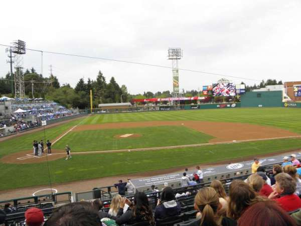 Cheney Stadium, secção: 7, fila: 4, lugar: B