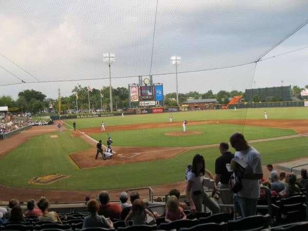 Baseball Grounds of Jacksonville, secção: 109, fila: R, lugar: 15