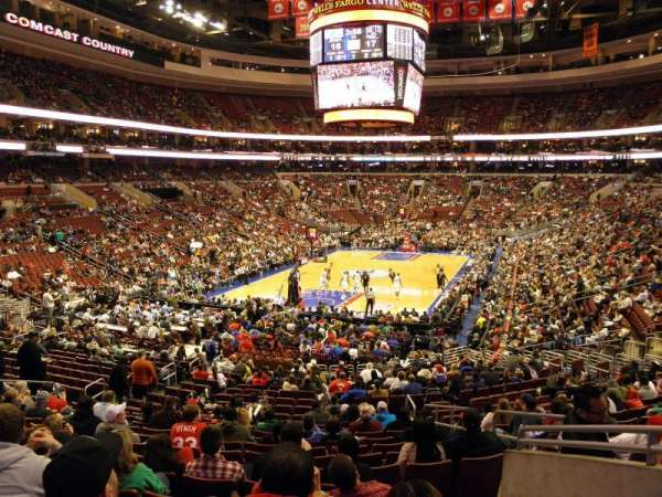 Wells Fargo Center, secção: 120, fila: 23, lugar: 16