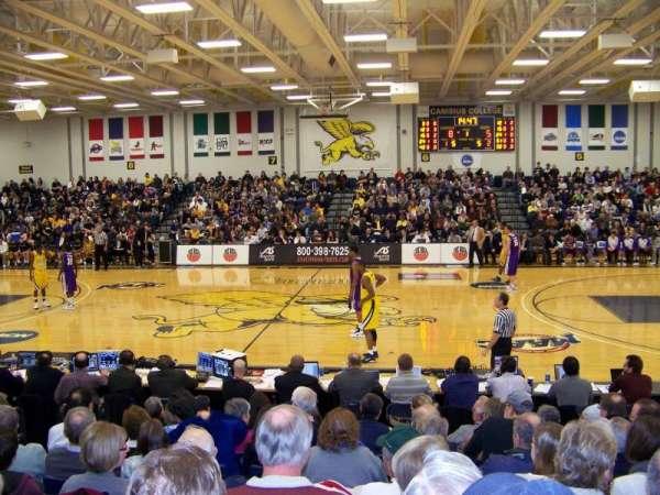 Koessler Athletic Center, secção: 2, fila: J, lugar: 8