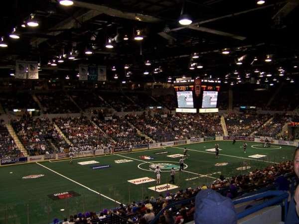 Blue Cross Arena, secção: 203, fila: E, lugar: 8