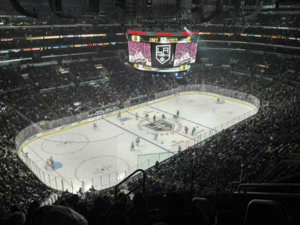 Staples Center, secção: 322, fila: 7, lugar: 3