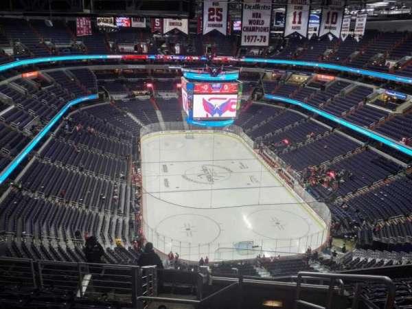 Capital One Arena, secção: 424, fila: M, lugar: 20