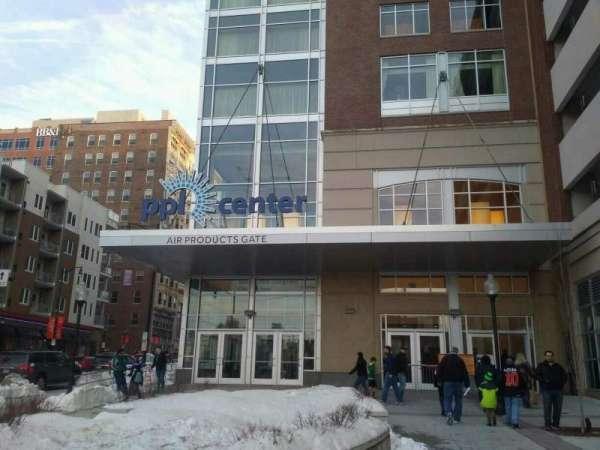 PPL Center, secção: exterior