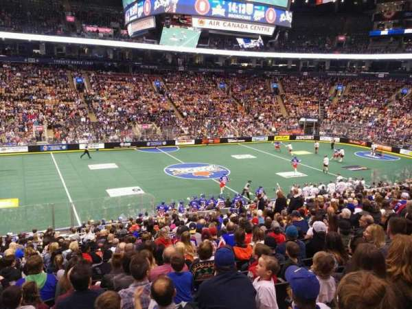 Scotiabank Arena, secção: 120, fila: 24, lugar: 15