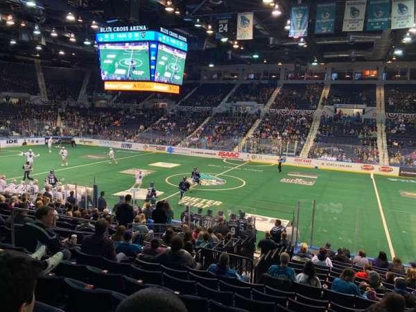 Blue Cross Arena, secção: 125, fila: Q, lugar: 5