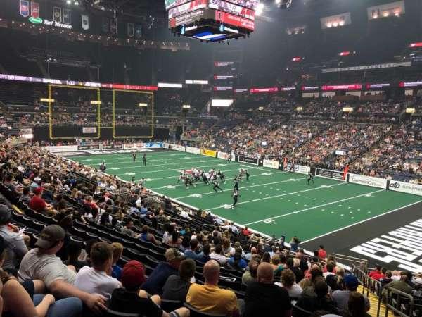 Nationwide Arena, secção: 112, fila: X, lugar: 1
