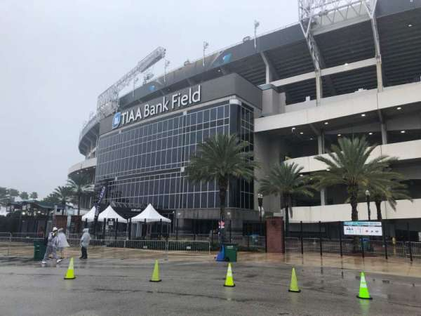 TIAA Bank Field, secção: Club East