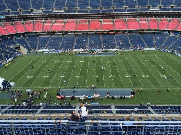 Nissan Stadium, secção: 335, fila: K, lugar: 8