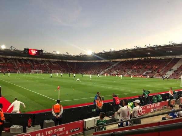 St Mary's Stadium, secção: 4748, fila: H, lugar: 1209