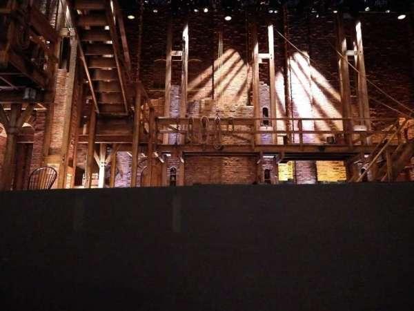 CIBC Theatre, secção: Orchestra C, fila: B, lugar: 102