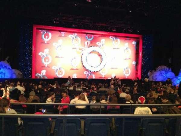 Hulu Theater at Madison Square Garden, secção: 201, fila: BB, lugar: 7