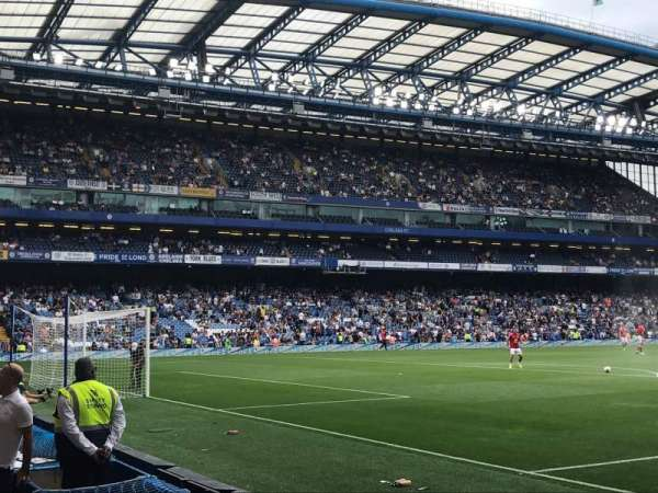 Stamford Bridge, secção: Shed End Lower 2, fila: 4, lugar: 49