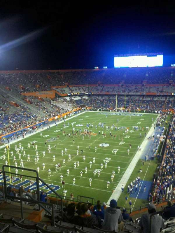 Ben Hill Griffin Stadium, secção: 321, fila: 15, lugar: ww
