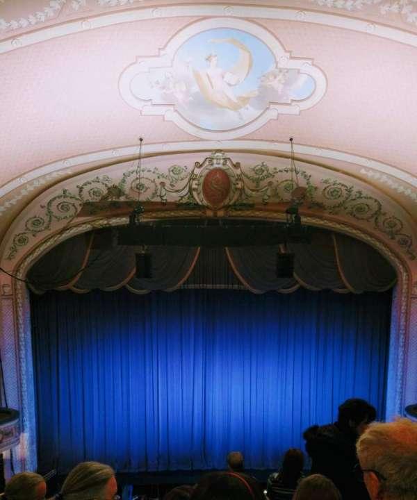Merriam Theater, secção: Balcony, fila: J, lugar: 109