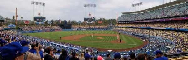 Dodger Stadium, secção: 119LG, fila: H, lugar: 7
