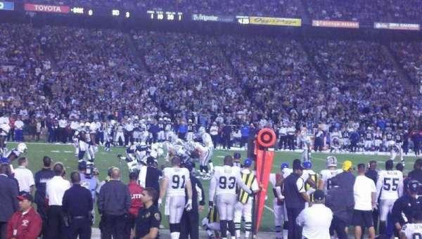 San Diego Stadium, secção: F4, fila: 7, lugar: 16-17