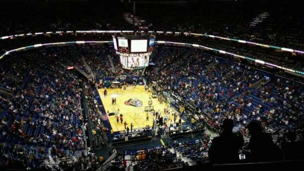 Smoothie King Center, secção: 326, fila: 13, lugar: 1