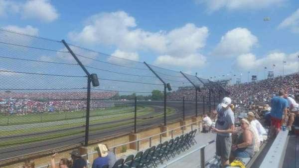 Indianapolis Motor Speedway, secção: 32, fila: D, lugar: 1