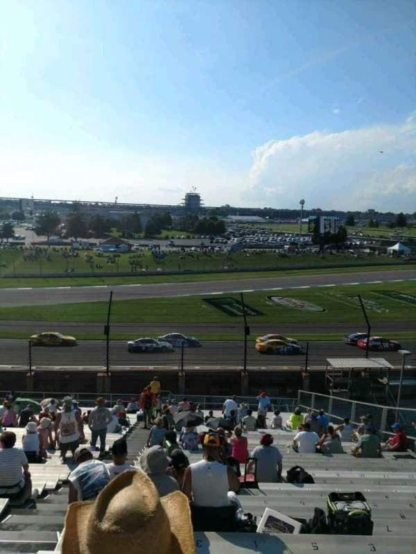 Indianapolis Motor Speedway, secção: 32, fila: QQ, lugar: 2