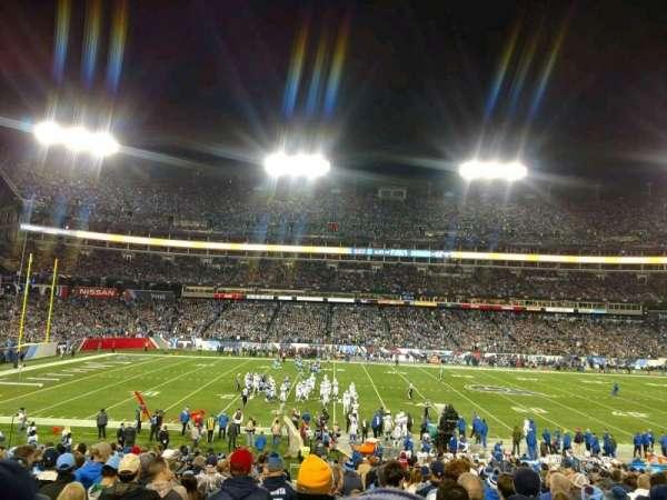 Nissan Stadium, secção: 113, fila: CC, lugar: 24