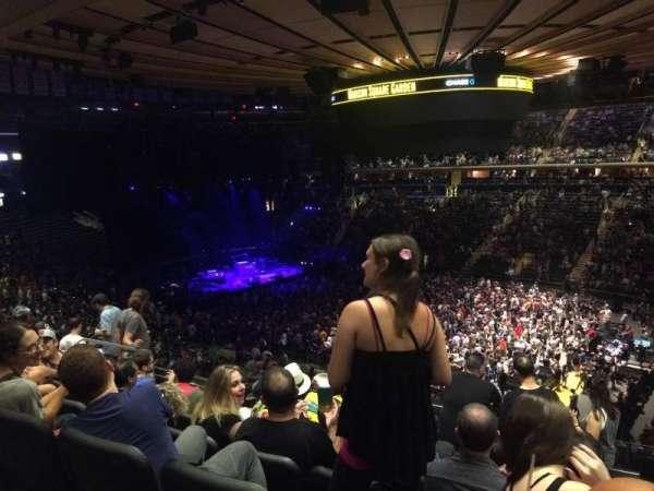 Madison Square Garden, secção: 216, fila: 7, lugar: 10