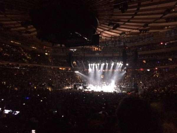 Madison Square Garden, secção: 104, fila: 10, lugar: 13