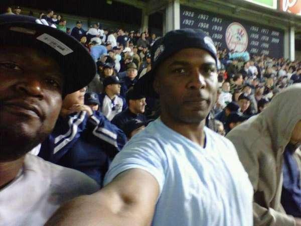 Yankee Stadium, secção: 239, fila: 14, lugar: 1-2