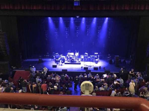 Chicago Theatre, secção: Loge4, fila: AA, lugar: 405