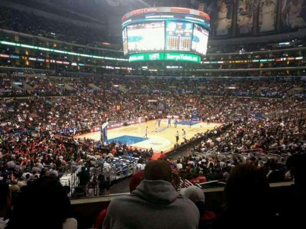 Staples Center, secção: 214, fila: 4, lugar: 7