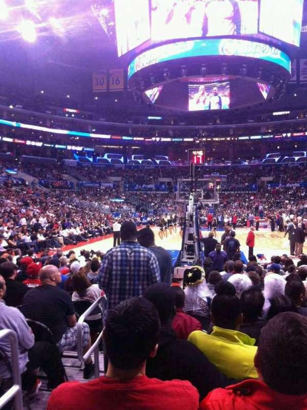 Staples Center, secção: 106, fila: 2, lugar: 14